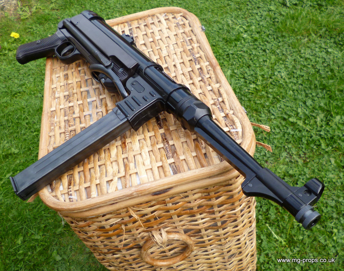 MP40 (almost new)
